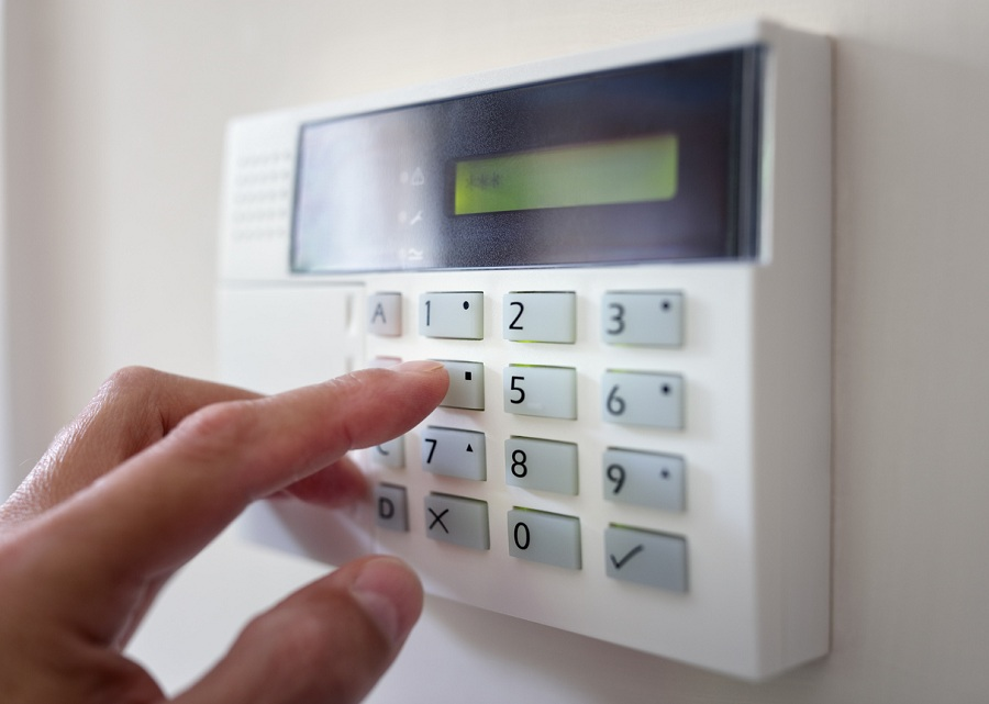 Installation of the best types of security equipments for your apartment